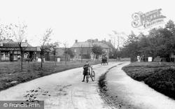 The Village 1903, Warlingham