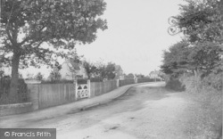 West Hall Road 1907, Warlingham