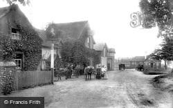 Ye Olde Whyte Lion 1903, Warlingham