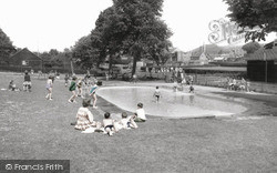 Warminster, Lake Pleasure Ground c.1965