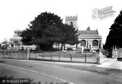 Warminster, The Minster Church Of St Denys c.1940