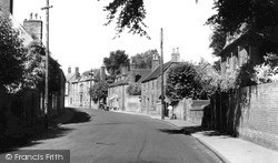 Warminster, Vicarage Street c.1955