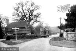 Corner House 1921, Warnham