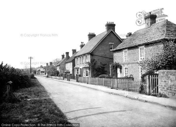 Photo of Warnham, Friday Street 1921