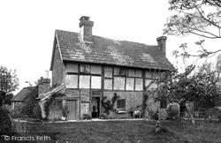 Warnham, Hill Farm 1924