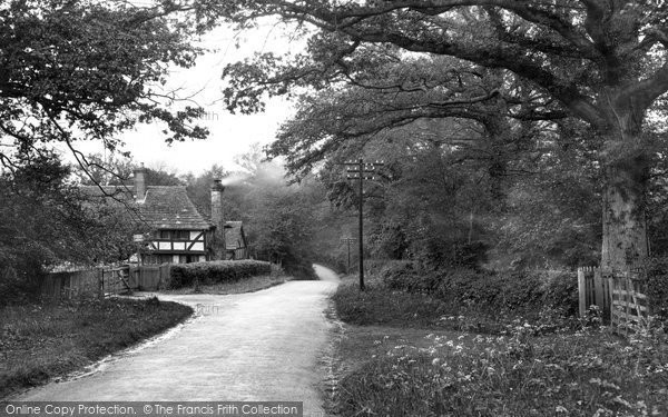 Photo of Warnham, Malt Mayes 1935