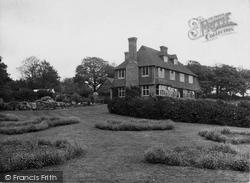 Pitts Wood 1935, Warnham