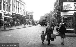 Warrington, Horse Market And Town Centre c.1950