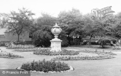 Warrington, Queens Gardens c.1955