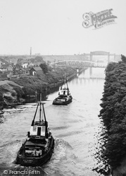 Warrington, Ship Canal From High Level Bridge c.1965
