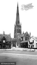 Warrington, St Elphin's Church c.1955