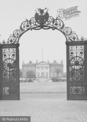 Warrington, The Town Hall And Park Gates c.1955