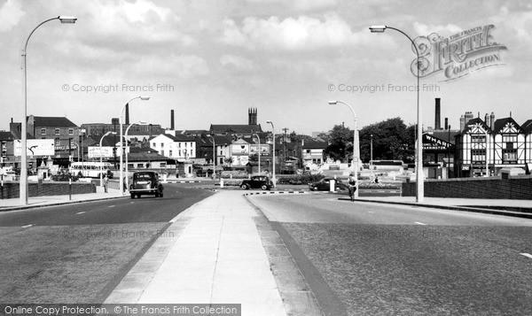 Photo of Warrington, Wilderspool Causeway c.1960