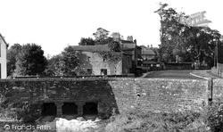 Village c.1955, Warwick Bridge