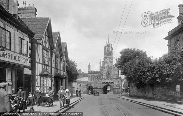 Warwick, East Gate 1922