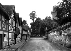 Warwick, Mill Street And Caesar's Tower 1922
