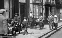 Warwick, People 1922