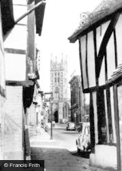 Warwick, St Mary's Church From The Jetty c.1955
