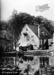 Warwick, The Mill Pond At Guy's Cliff Mill c.1910
