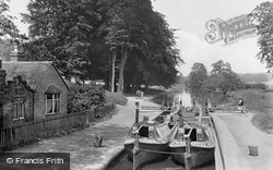 Watford, Cassiobury Park and Iron Bridge Lock