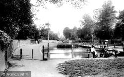 Watford, The Pond 1906