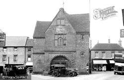 Watlington, Town Hall c.1955