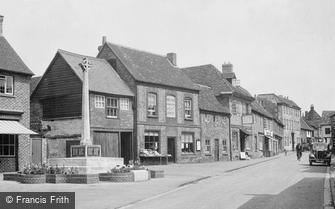Watlington, War Memorial and High Street 1950