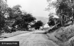 Waunlwyd, Road To Gargan Wells c.1955