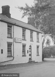 Weaverham, The Gate Inn c.1955
