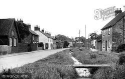 The Village c.1955, Weaverthorpe