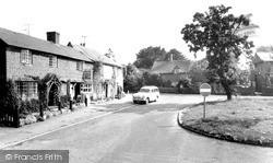 Welford On Avon, The Bell Inn 1969