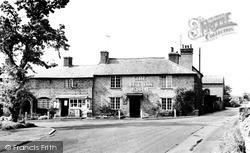 Welford On Avon, The Bell Inn c.1960