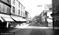 Wellingborough, Cambridge Street c.1965