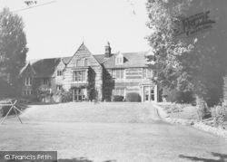 Wellingborough, Croyland Abbey c.1965