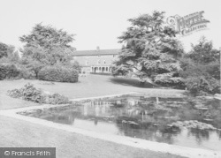 Wellingborough, Croyland Gardens c.1965