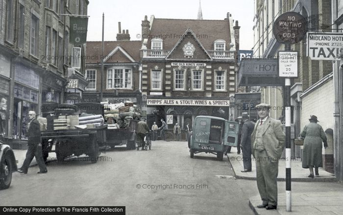 Photo of Wellingborough, Midland Road c.1950