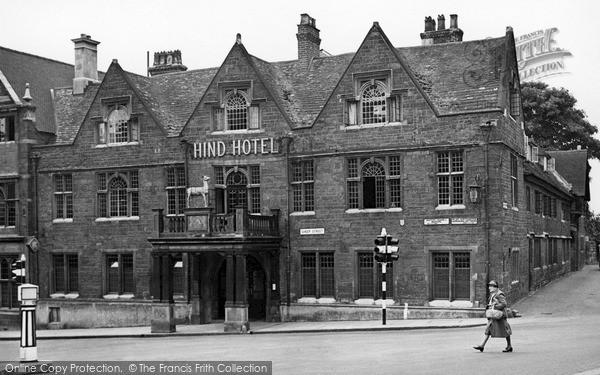 Photo of Wellingborough, The Hind Hotel c.1950