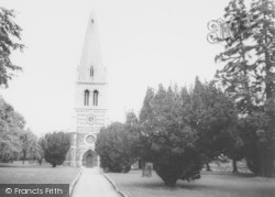 Wellingborough, The Parish Church c.1965