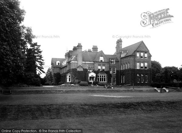Photo of Wellingborough, The School c.1955