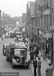 Wellingborough, Traffic In Midland Road 1949