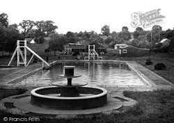 Wellingborough, Wilby Swimming Pool c.1950