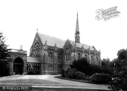Wellington College, Chapel 1906