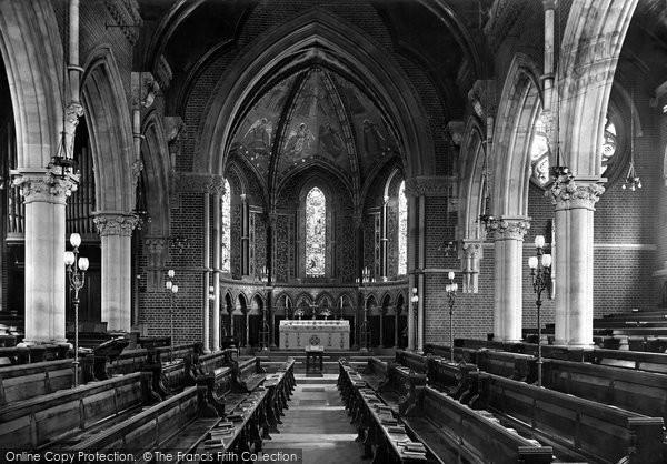 Photo of Wellington College, Chapel 1906