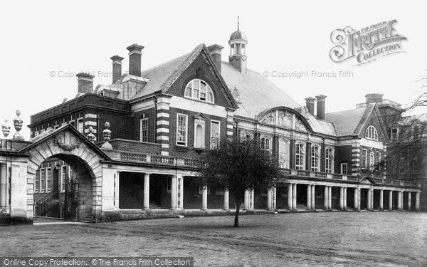 Photo of Wellington College, Dining Hall 1908
