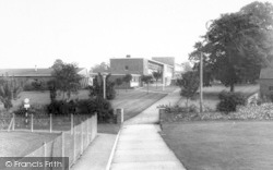 Wellington, Court Fields School c.1965