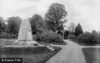 Wellington, the Park War Memorial 1925