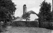Wellington, Woodman's Cottage 1907