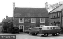 Fox And Badger Pub c.1965, Wellow