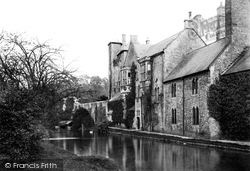 Wells, Bishop's Palace 1890