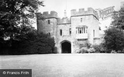 Wells, Bishop's Palace c.1950